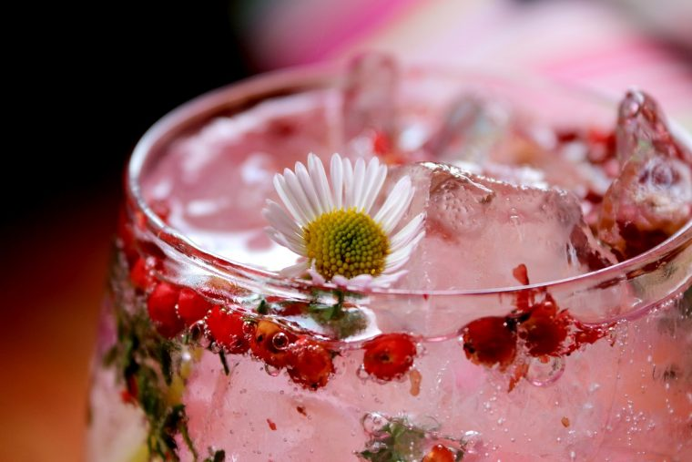 pink gin, flowers and fudge